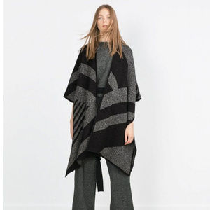 Zara Black & Gray Geometric Knit Poncho Wrap Ruana